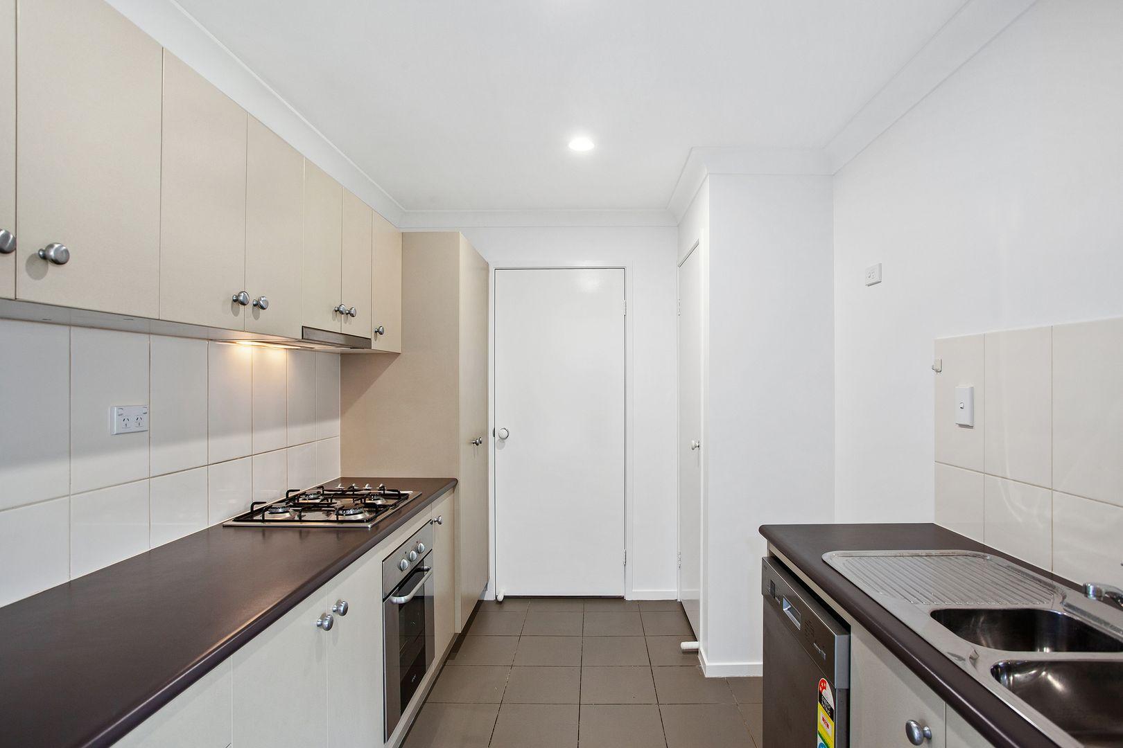 1/337 Spring Street, Kearneys Spring QLD 4350, Image 1