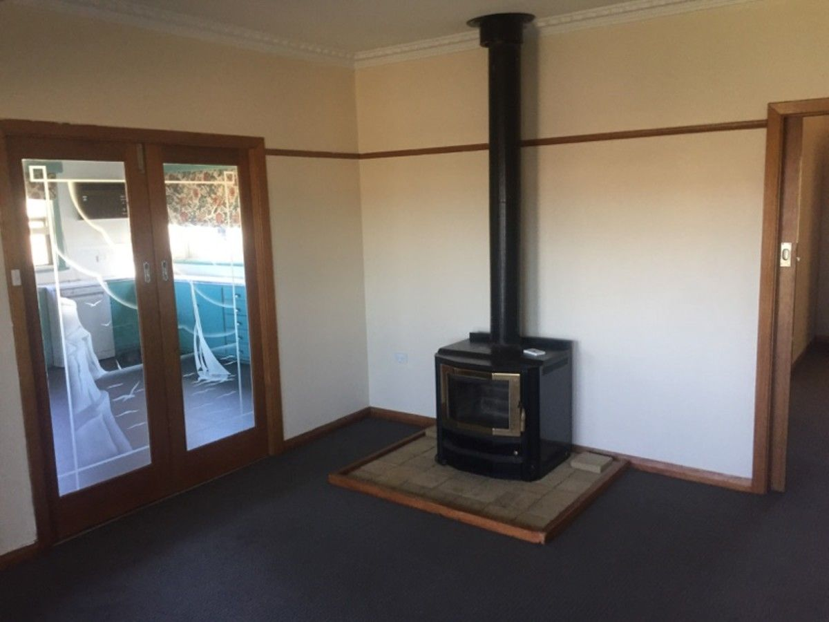 4610 Hamilton Port Fairy Road, Macarthur VIC 3286, Image 1