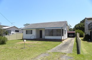 Picture of 7 Ocean View Rd, Sussex Inlet NSW 2540