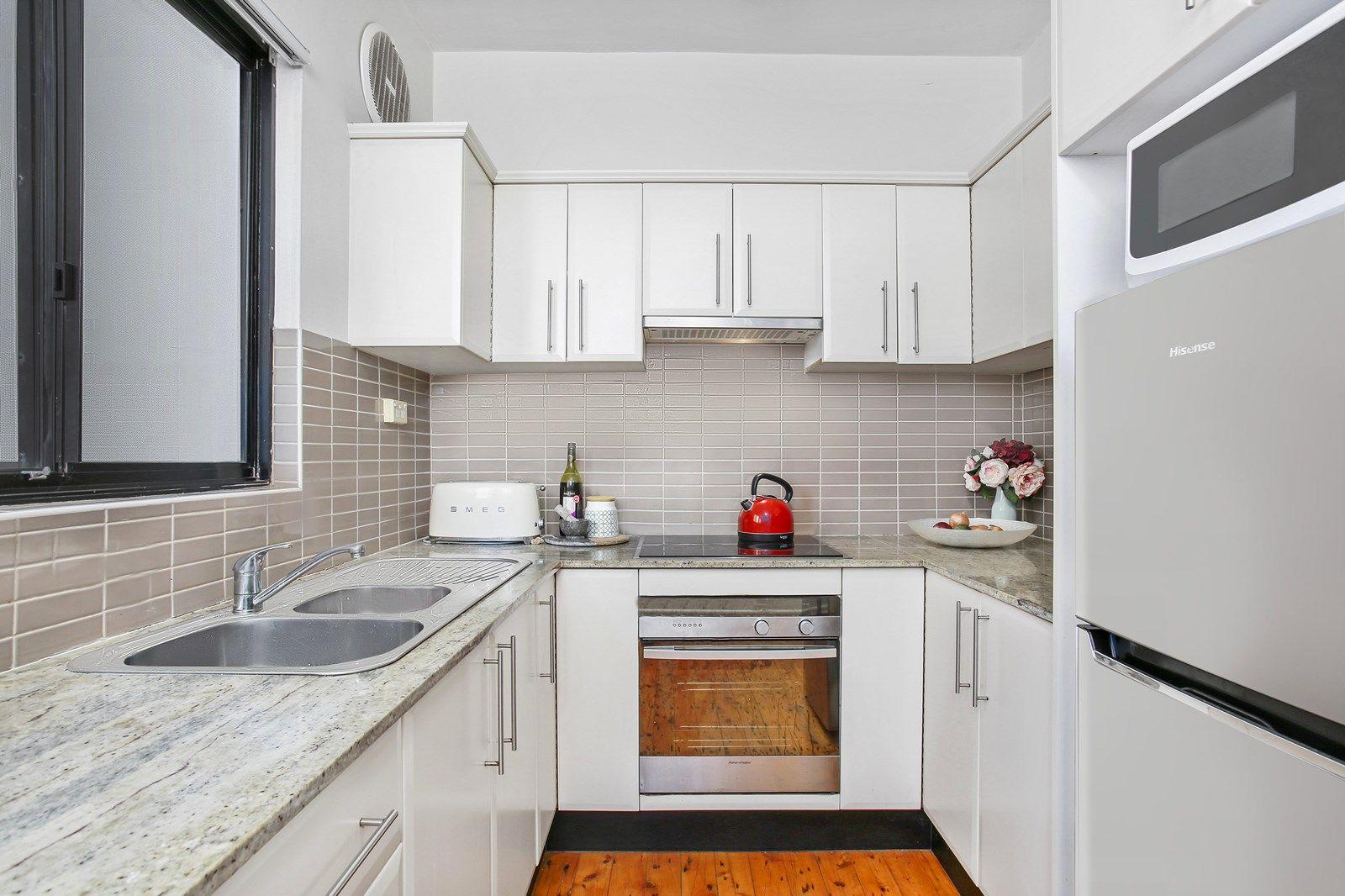 3/143 Clareville Avenue, Sandringham NSW 2219, Image 2