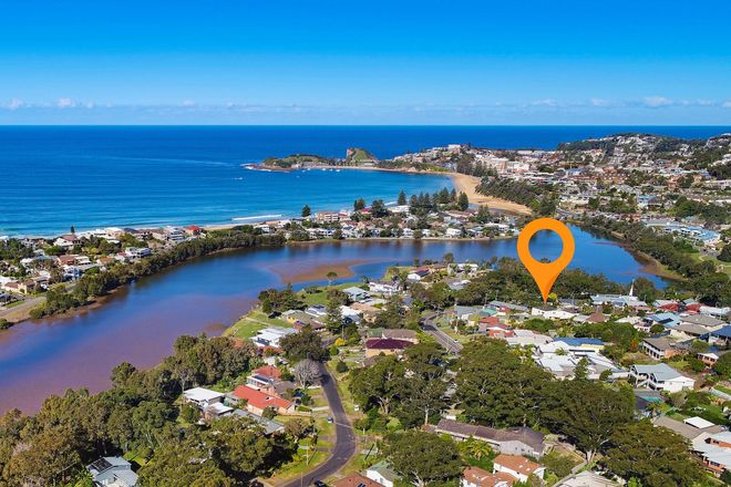 Picture of 2/3 Hastings Rd, TERRIGAL NSW 2260