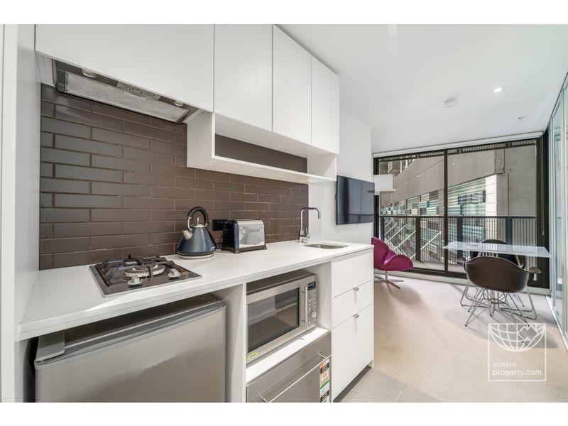 807/243 Franklin Street, Melbourne VIC 3000, Image 0