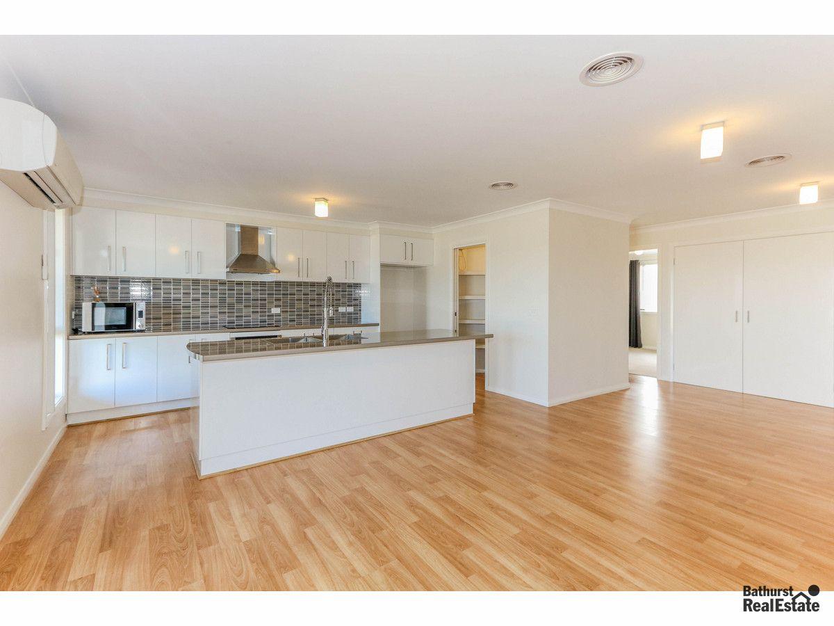 28 Mendel Drive, Kelso NSW 2795, Image 1