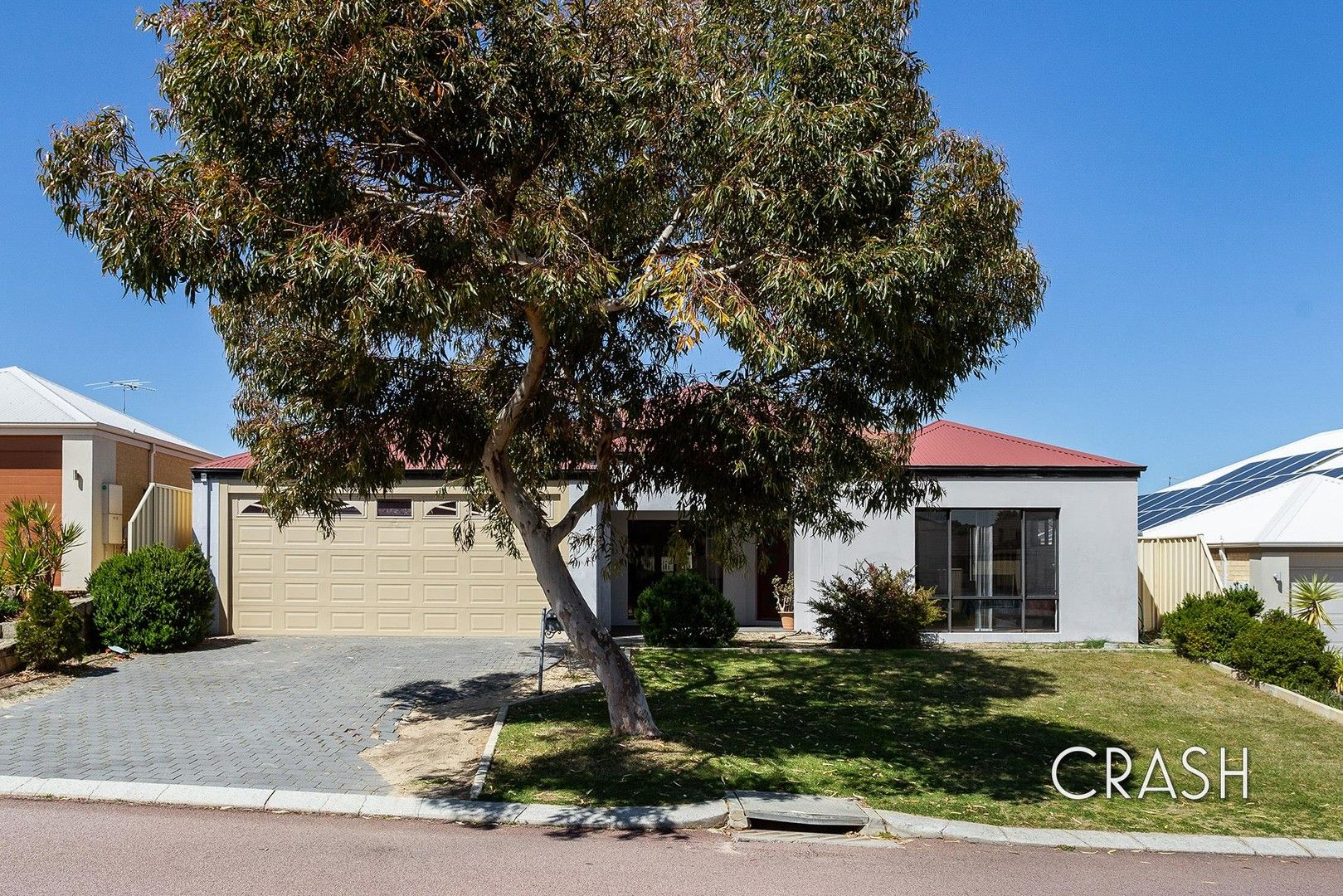 4 bedrooms House in 6 Lynella Circuit BANKSIA GROVE WA, 6031