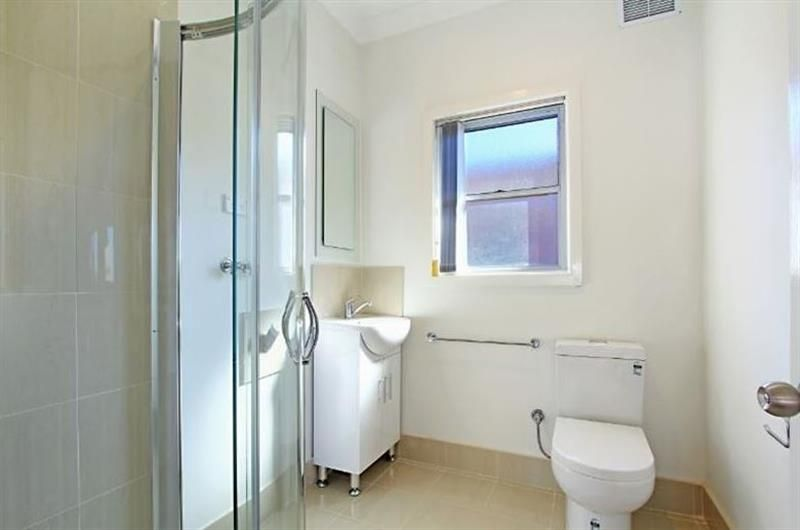 1/122 Mount Keira Road, West Wollongong NSW 2500, Image 2