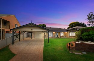 Picture of 8 Chotai Place, Coopers Plains QLD 4108