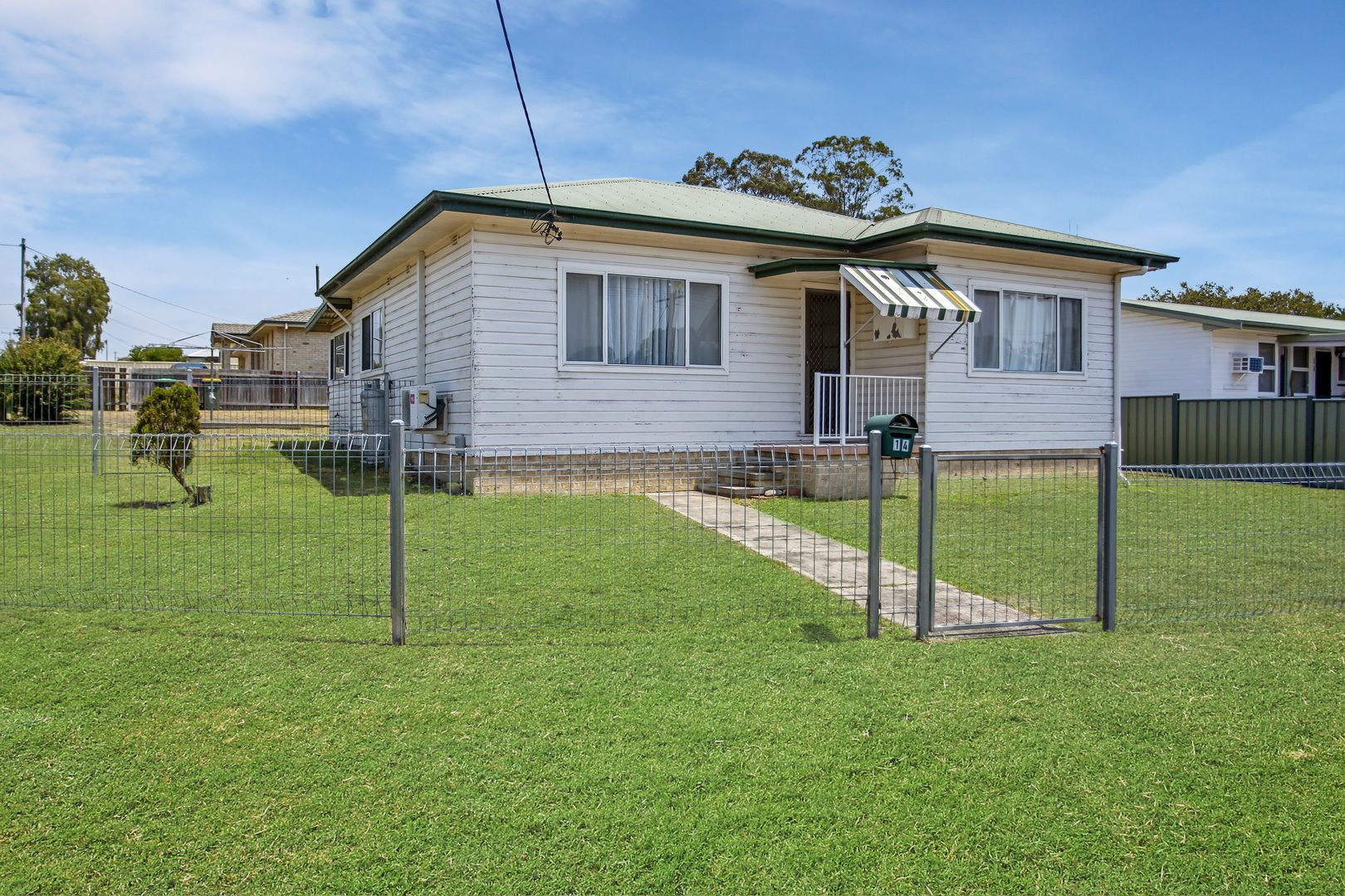 14 Golf Avenue, Taree NSW 2430, Image 0