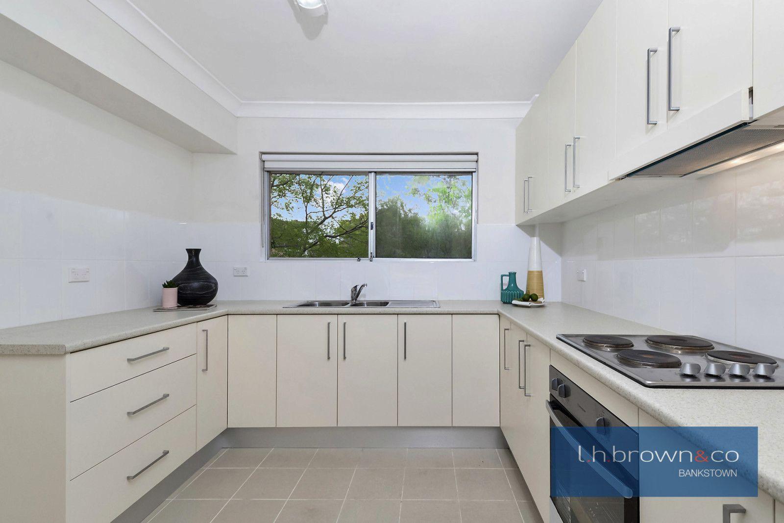 Unit 4/49 Jacobs St, Bankstown NSW 2200, Image 2