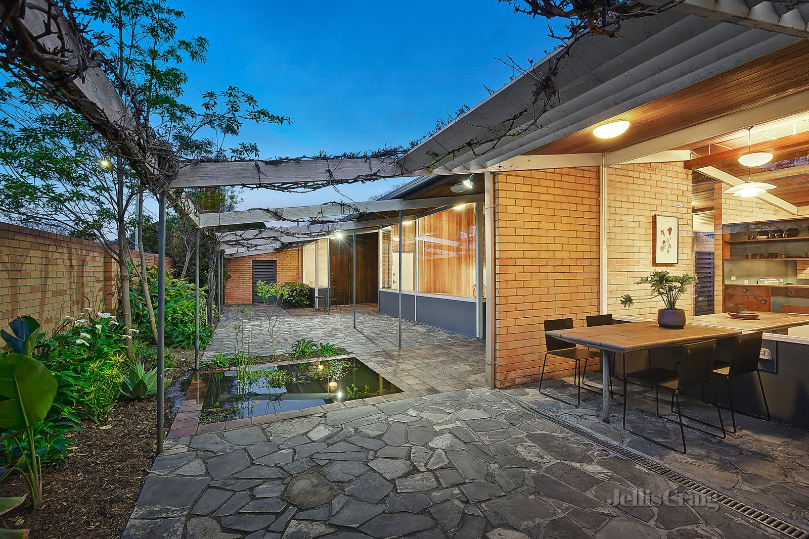 242 Beach Road, Black Rock VIC 3193, Image 0
