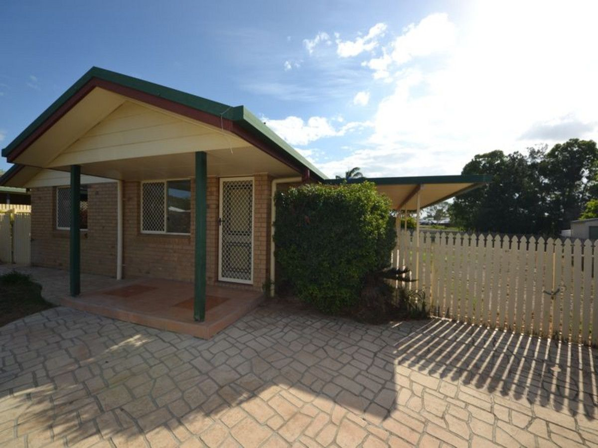 12 Rosewood Avenue, Gracemere QLD 4702, Image 2