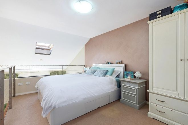 Picture of 205/2 David Street, CROWS NEST NSW 2065