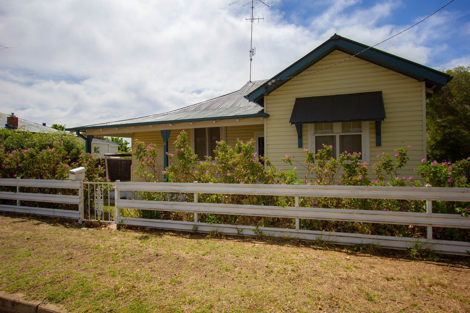 7 William Street, Narrandera NSW 2700, Image 0