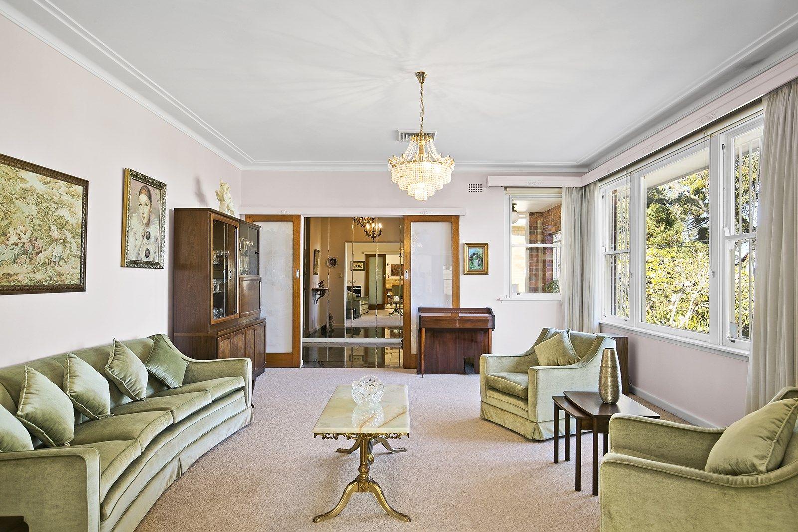 52 Hunter Avenue, St Ives NSW 2075, Image 1