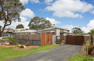 64 Bayview Drive, Cowes VIC 3922