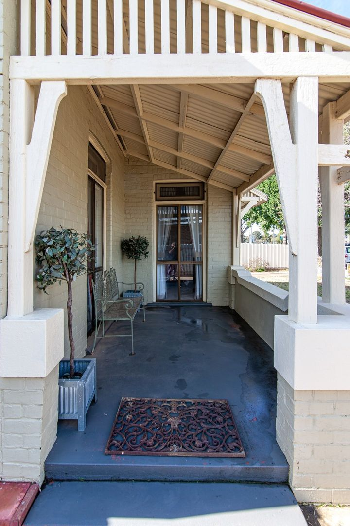 13 Parker Street, Cootamundra NSW 2590, Image 2