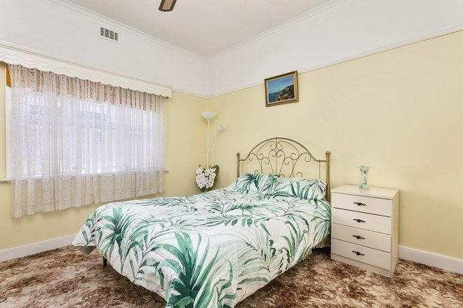 Picture of 18 Jhonson Street, PASCOE VALE SOUTH VIC 3044