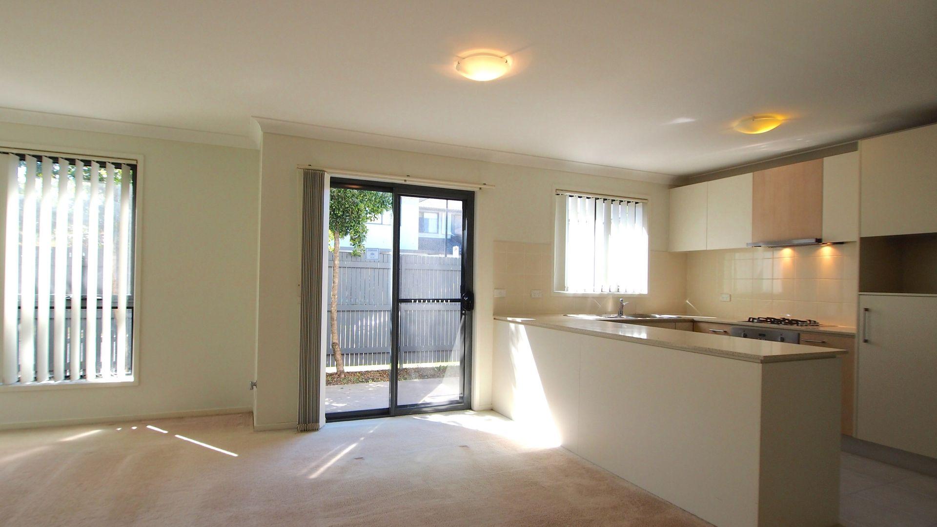 27 Parkwood, Holsworthy NSW 2173, Image 2