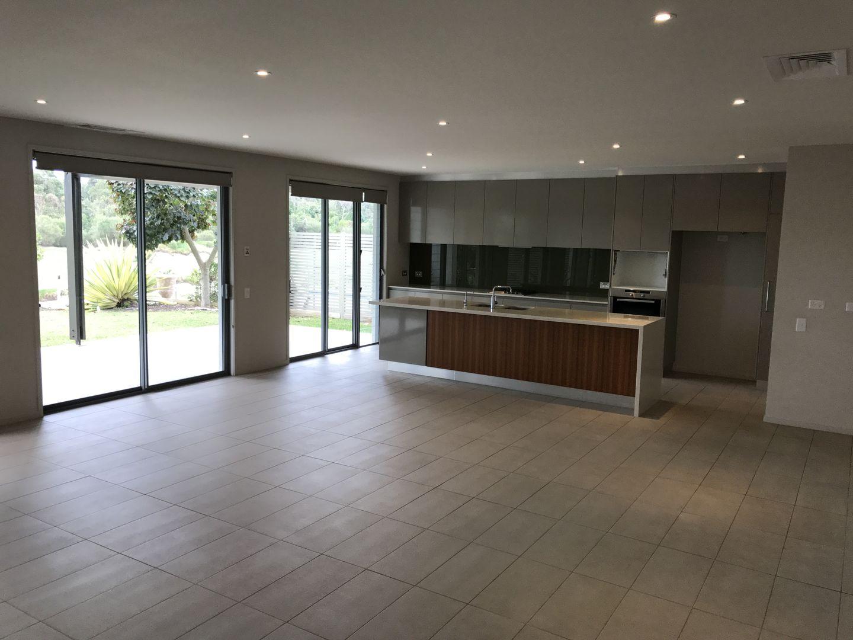 15 Edgewood Place, Magenta NSW 2261, Image 2