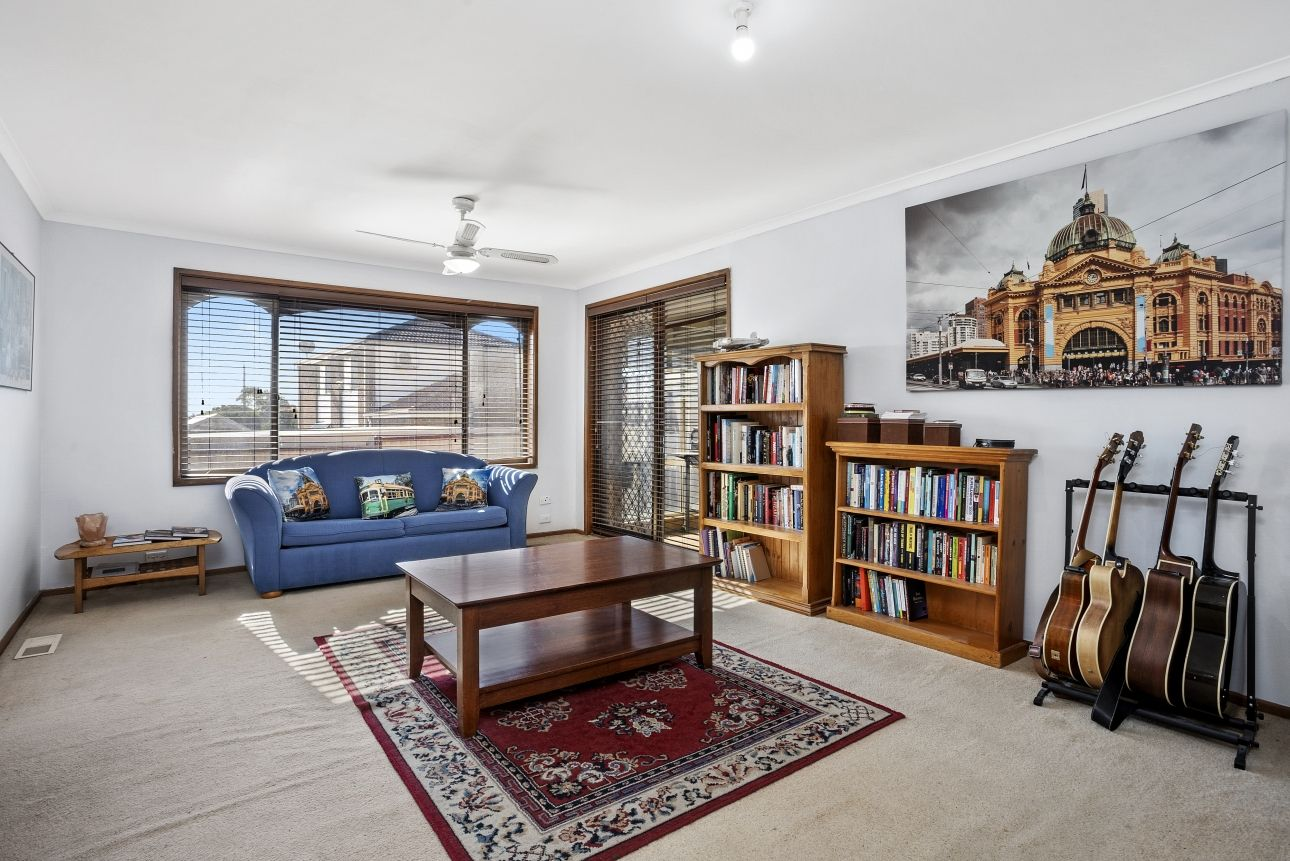 8 Woodleigh Close, Leopold VIC 3224, Image 1