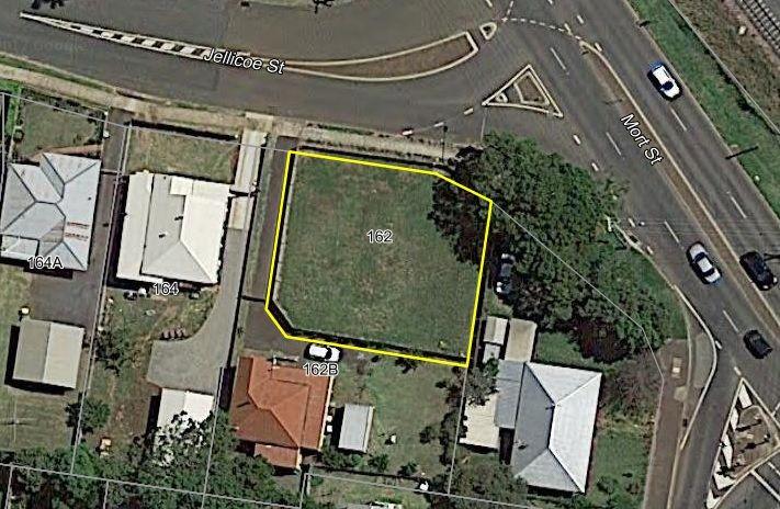 162 Jellicoe Street, Newtown QLD 4350, Image 2