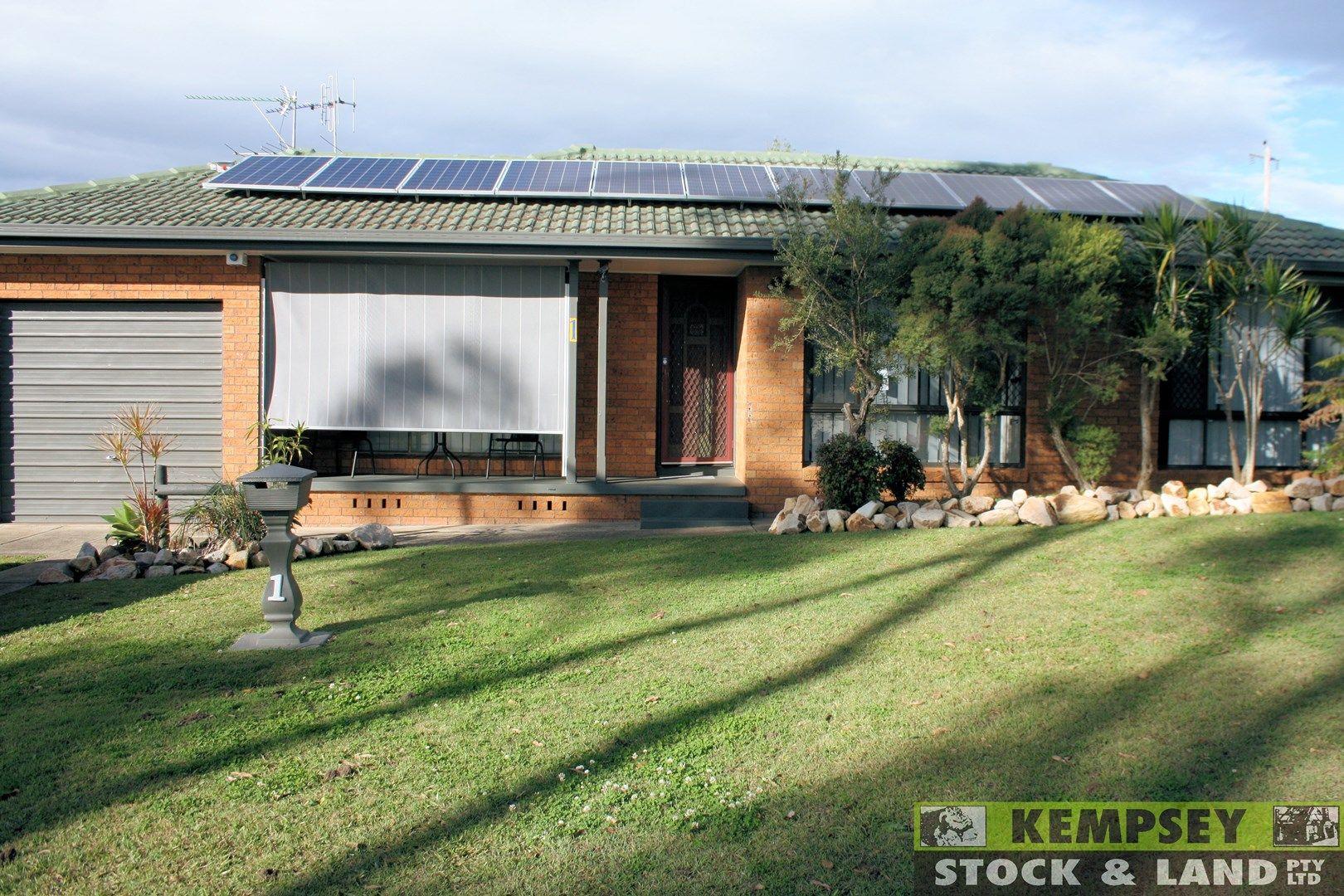 1 Heyson Street, West Kempsey NSW 2440, Image 0