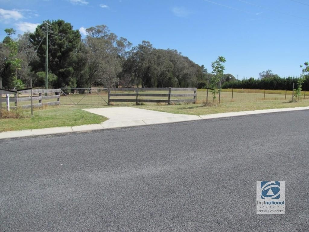 Lot 11 Cemetery Road, Beechworth VIC 3747, Image 2