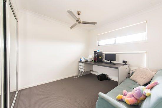 1-2/41 Donovan Street, Blacks Beach QLD 4740, Image 2