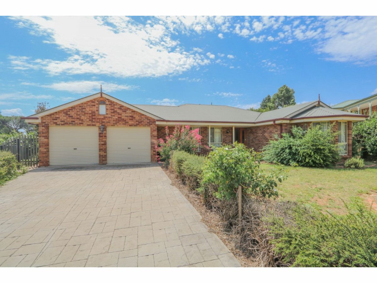 10 Hassall Grove, Kelso NSW 2795, Image 0
