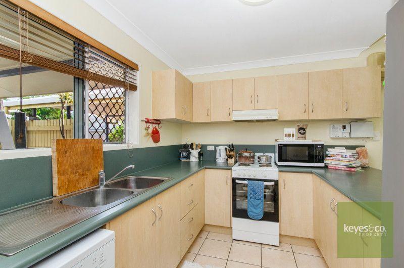 2/14 Tuffley Street, West End QLD 4810, Image 1