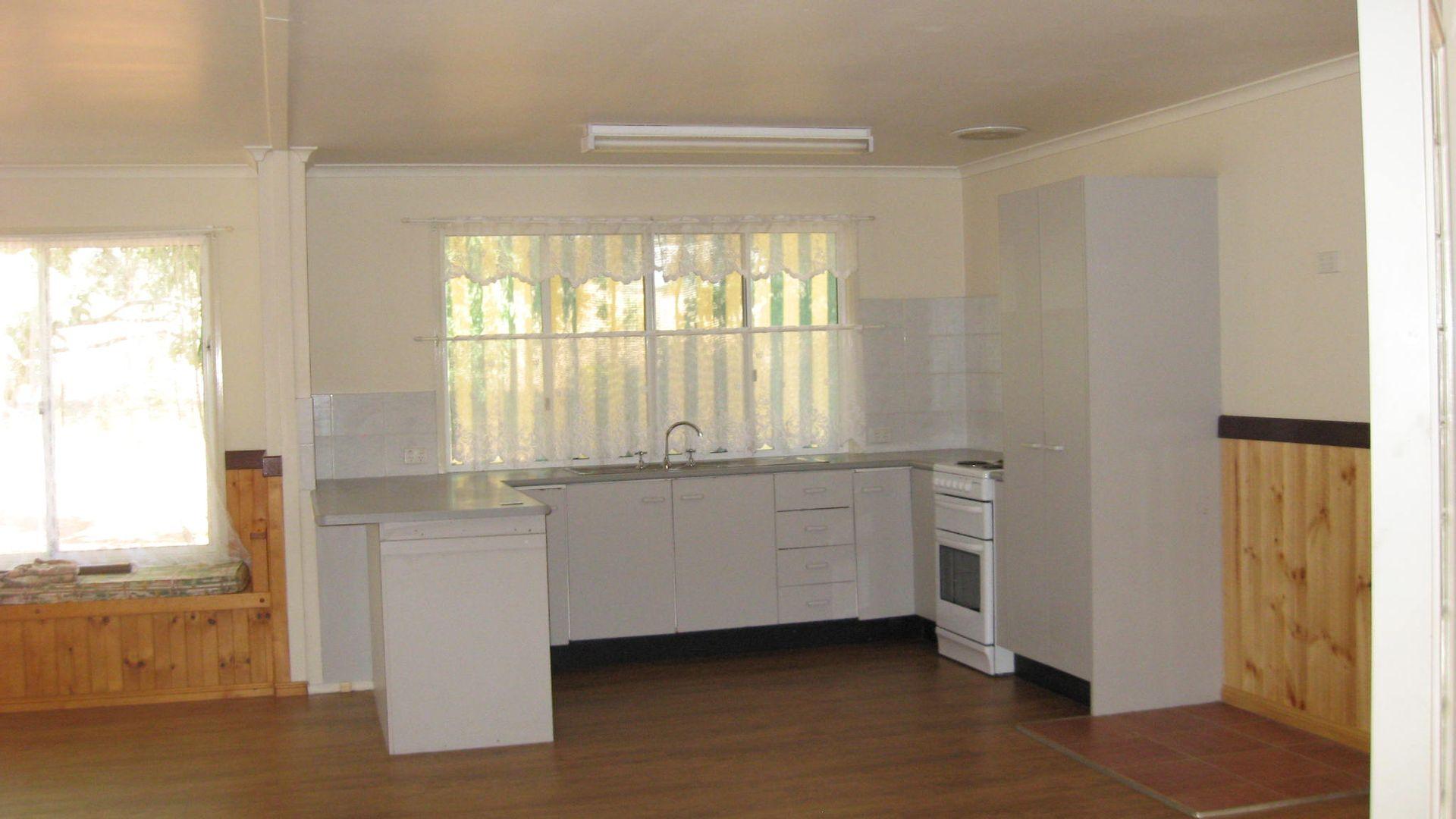 334 Crumpton Drive, Blackbutt QLD 4306, Image 1