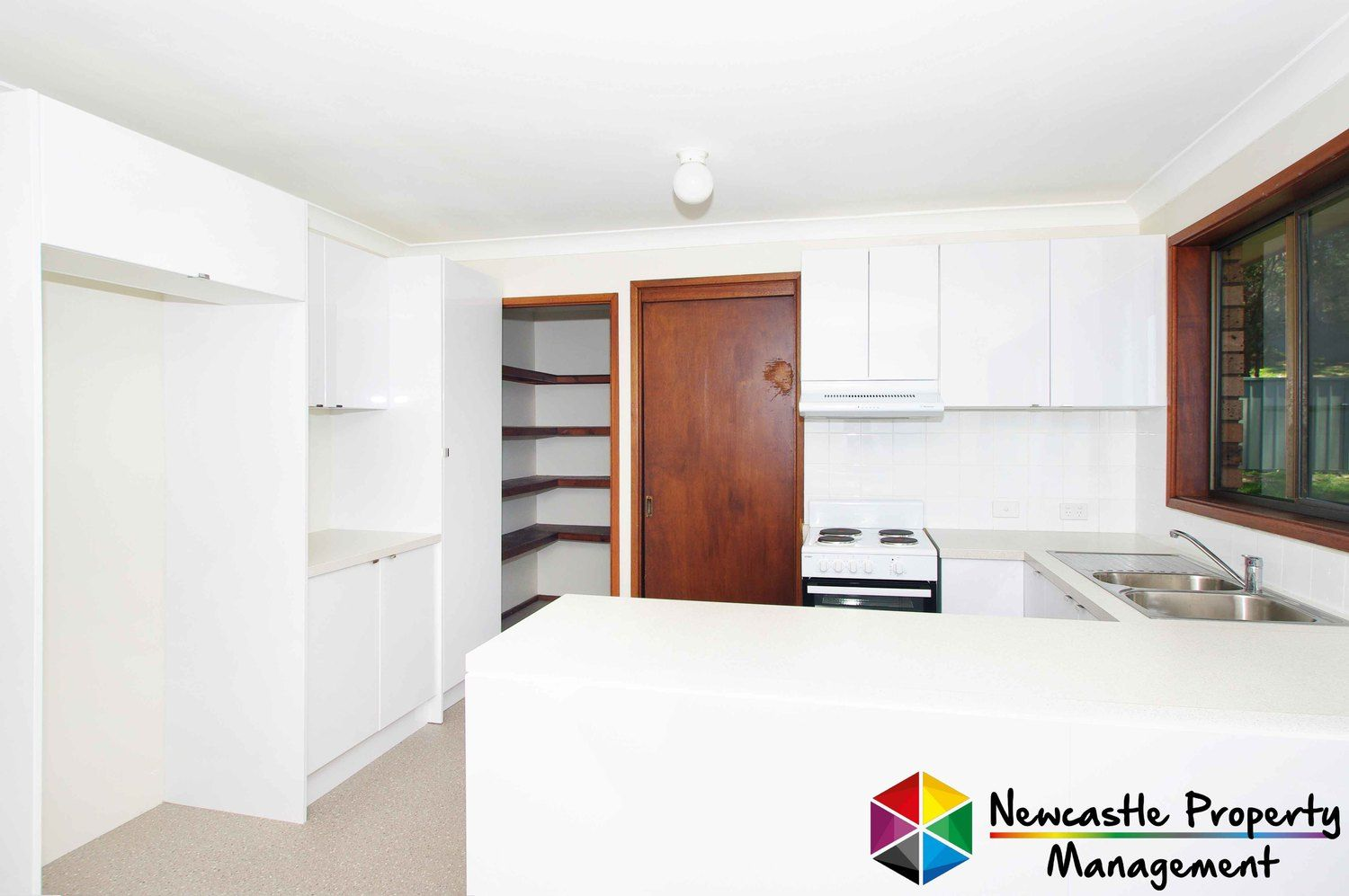 4 Lampeter Close, Mount Hutton NSW 2290, Image 1