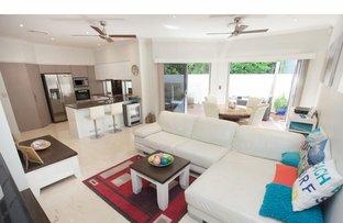 Picture of Main Beach Villas 32 Tedder Avenue, Main Beach QLD 4217