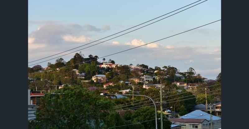 6/21 Edmondstone Street, Newmarket QLD 4051, Image 2