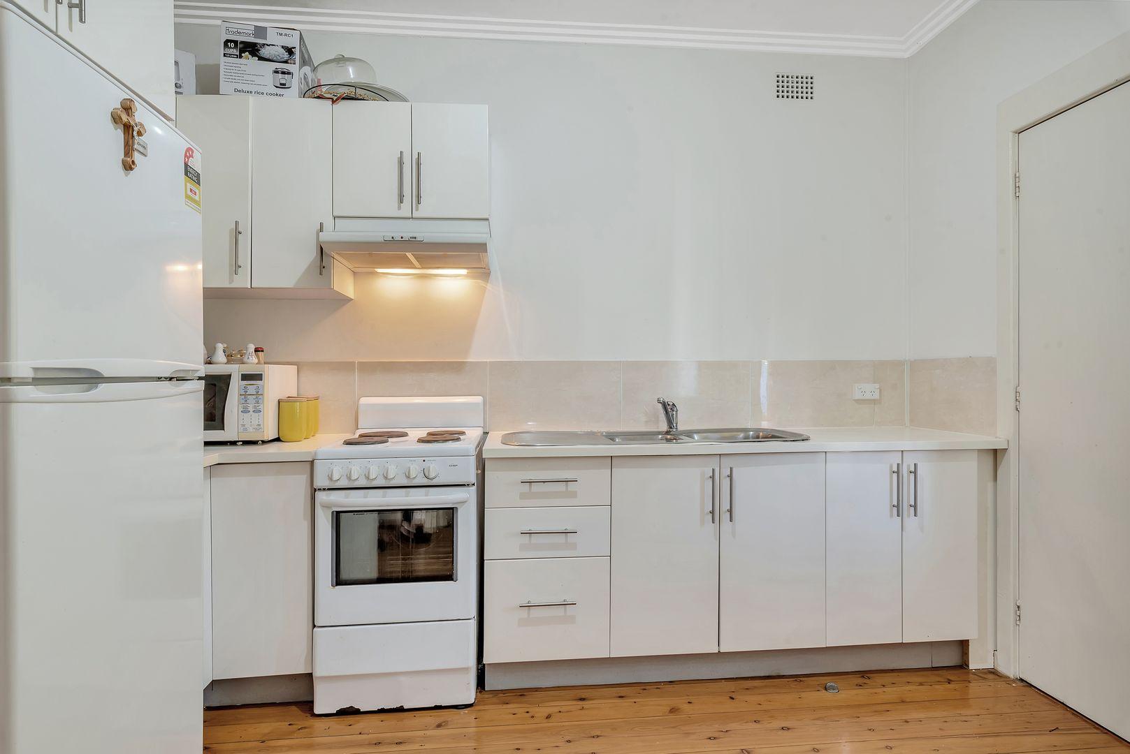115 Camden Street, Fairfield Heights NSW 2165, Image 2