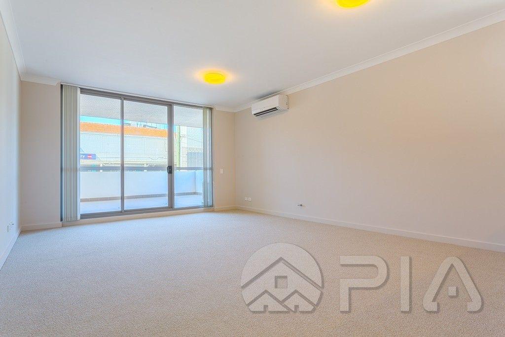 80/1 Meryll Avenue, Baulkham Hills NSW 2153, Image 2