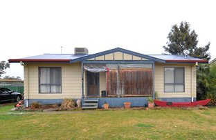 8 Percy Street, Old Junee NSW 2652