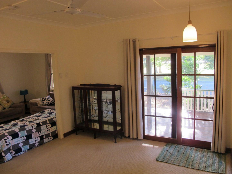 21 Golf Links Road, Bowen QLD 4805, Image 2
