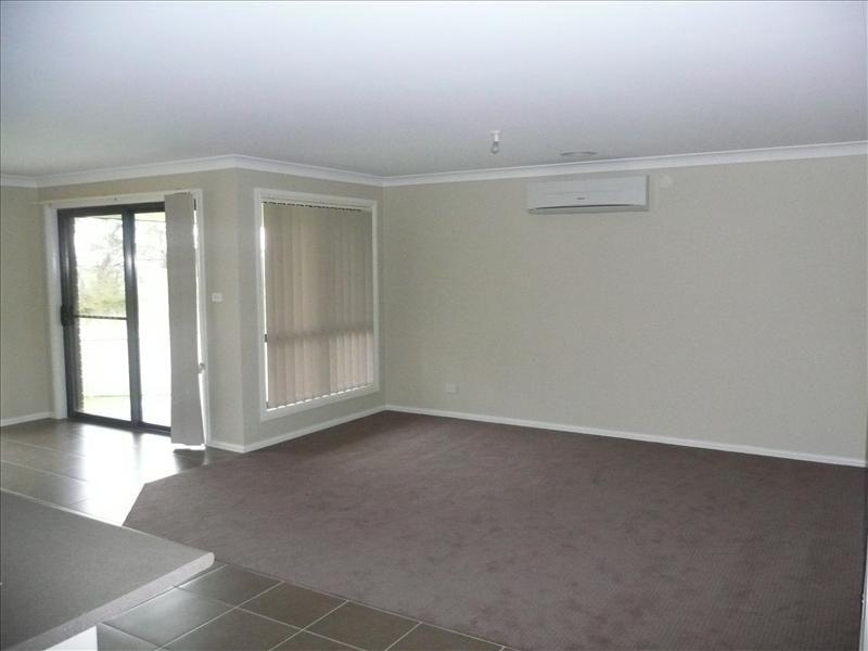 7 Callistemon Place, Orange NSW 2800, Image 2