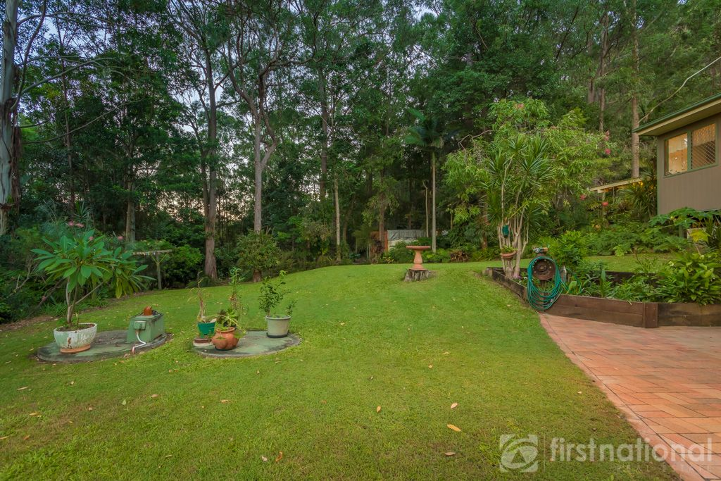 5 knowles place glass house mountains qld 4518 image 0