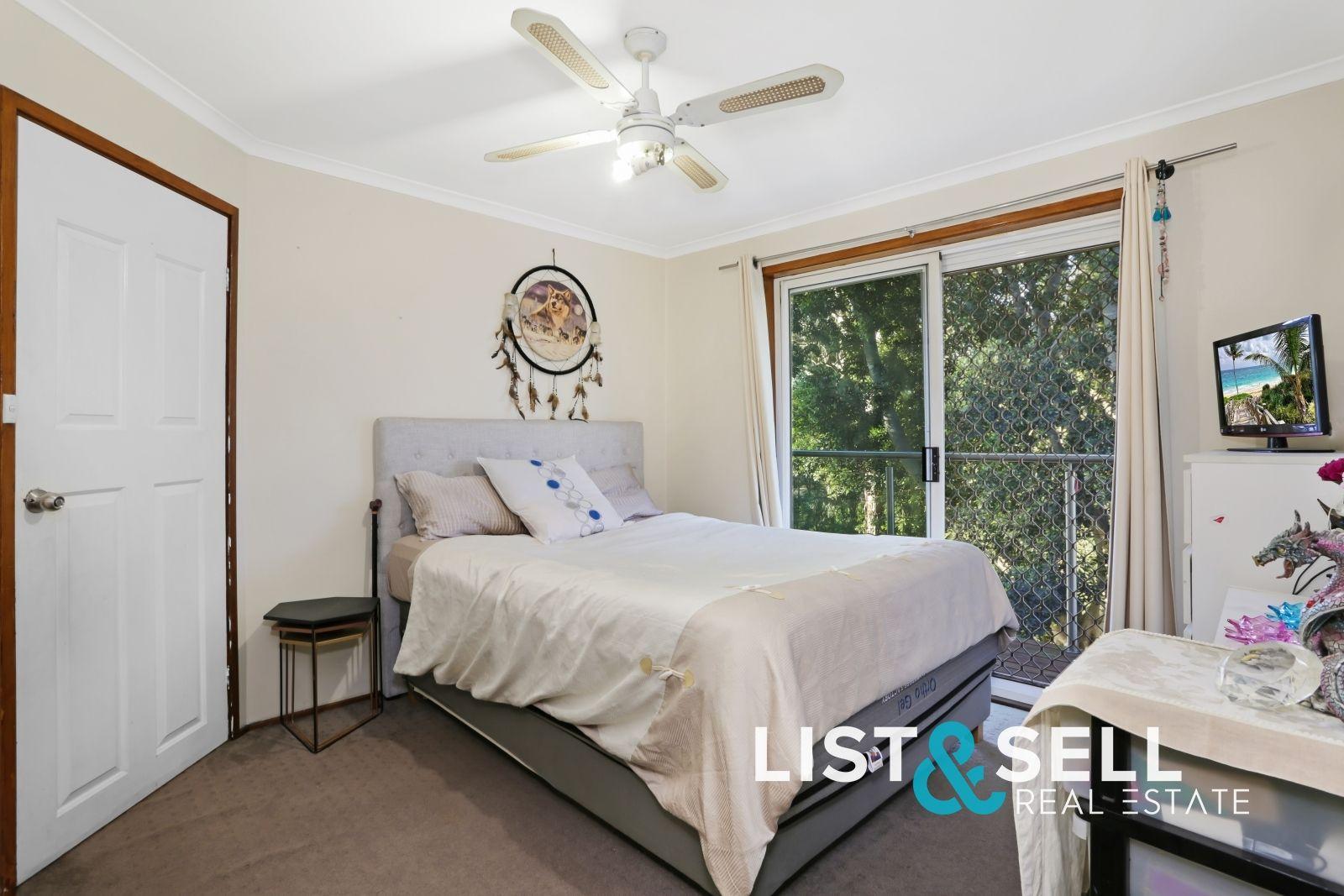 6 Enid Place, Ingleburn NSW 2565, Image 2
