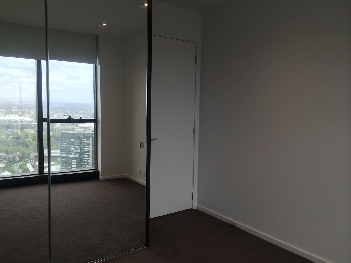 3809/9 Power Street, Southbank VIC 3006, Image 2