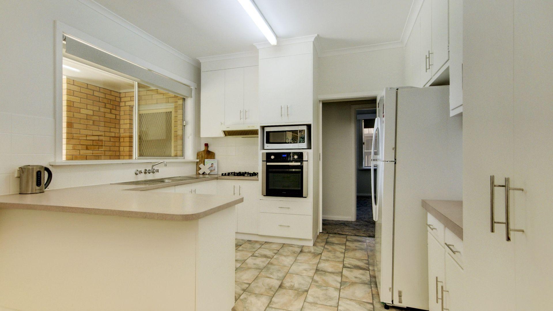 247 River St, Deniliquin NSW 2710, Image 1