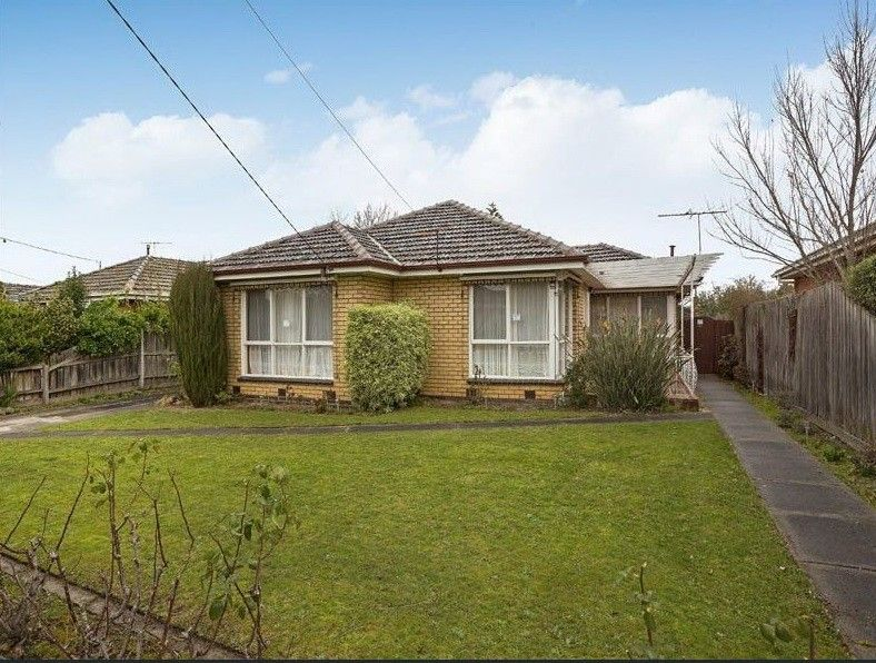 2-4 Delmore Crescent, Glen Waverley VIC 3150, Image 2