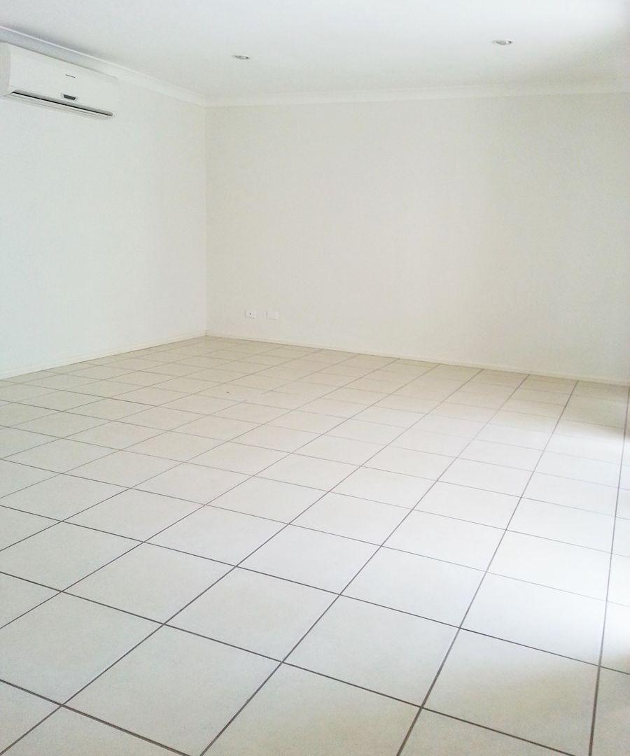 Unit 3/20 Livingstone St, Upper Coomera QLD 4209, Image 2