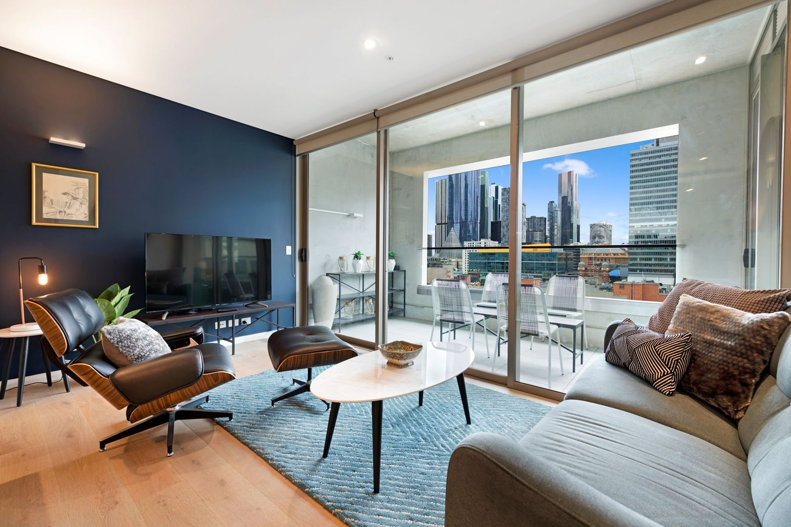 1008/131 Russell Street, Melbourne VIC 3000, Image 0