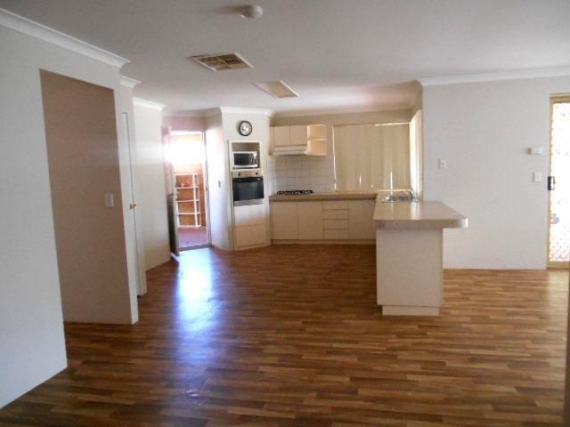 7 Avonlea Place, Bullsbrook WA 6084, Image 2