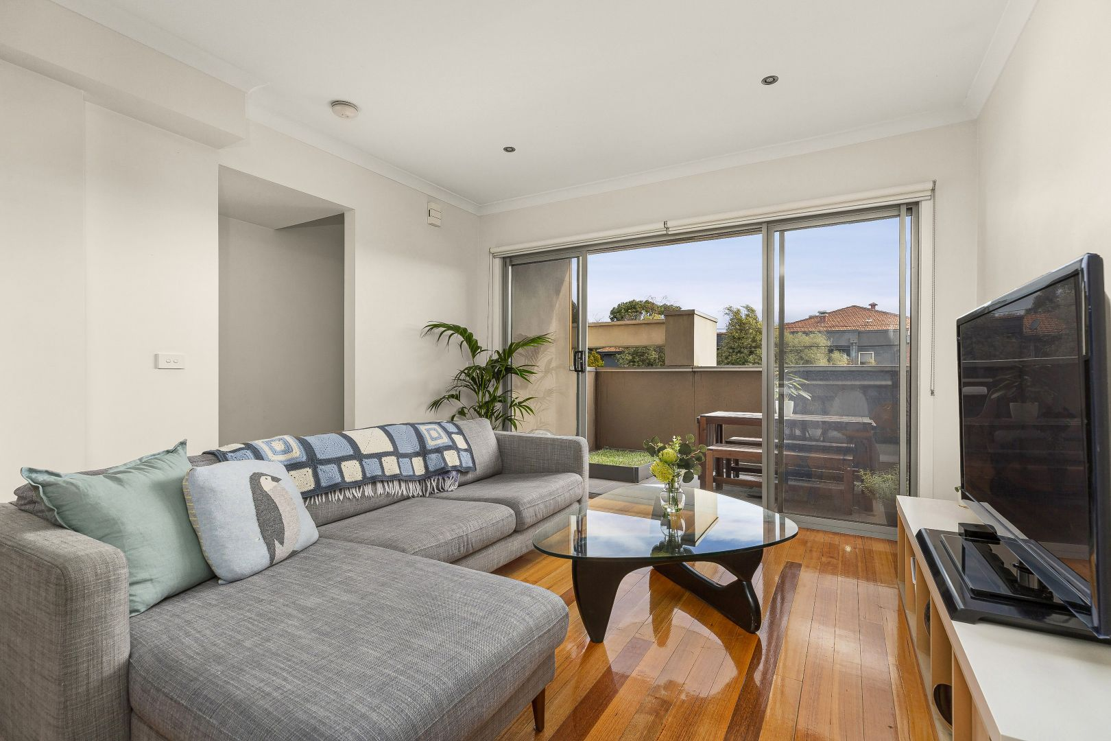 806 Sydney Road, Coburg North VIC 3058, Image 2