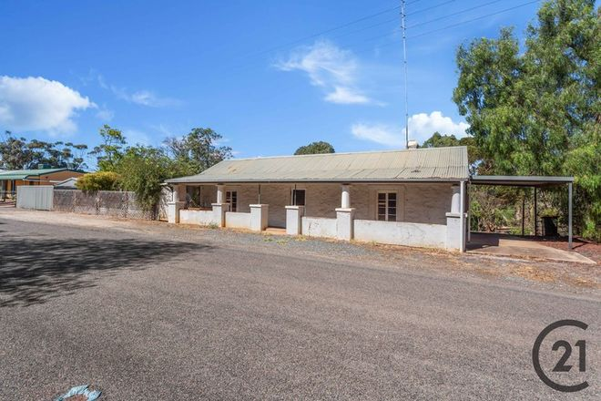 Picture of 3-5 James Street West, TRURO SA 5356