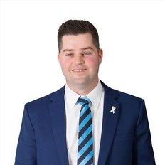 Cameron Vurovecz, Sales representative