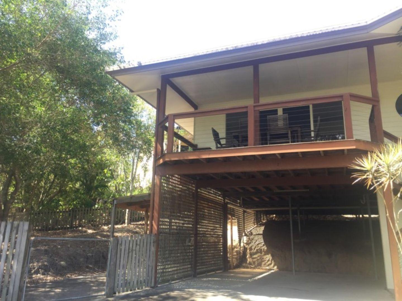 2/9 Macarthur Drive, Cannonvale QLD 4802, Image 0